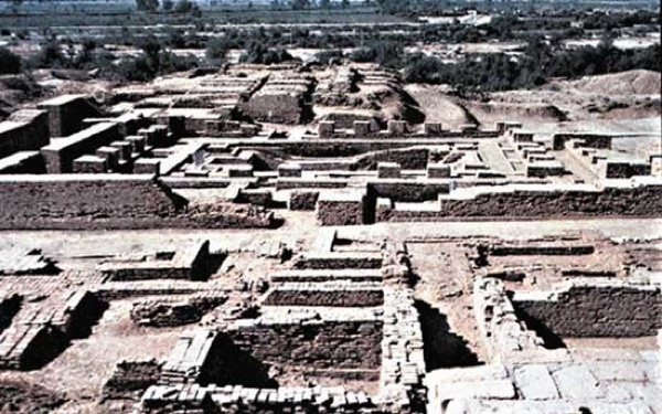 10 Proofs of Forgotten Advanced Civilizations